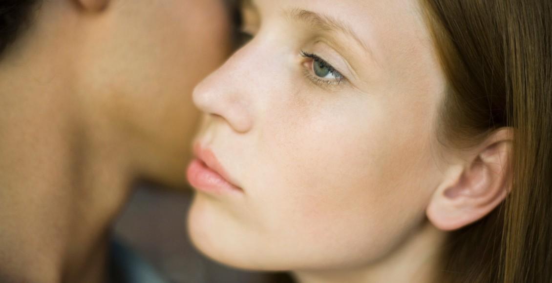 10 znakov, da ste se zapletli s čustveno nedostopno osebo