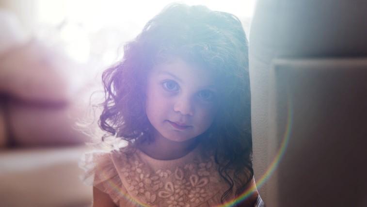 20 nasvetov za vzgojo empatičnih in visoko senzibilnih otrok (foto: Yousef Espanioly | Unsplash)