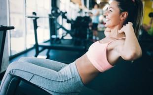 Hiter trening za oblikovanje trebušnih mišic (+ recept za regeneracijo)