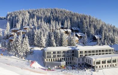 Golte: naj vas očara pogled na Savinjske Alpe, Karavanke in Savinjsko dolino (+ nagradna igra za smučarske karte!)