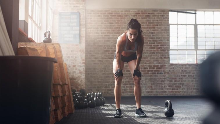 Kako okrepiti kolena in jih pripraviti na smučanje? (+ test za križne vezi) (foto: profimedia)