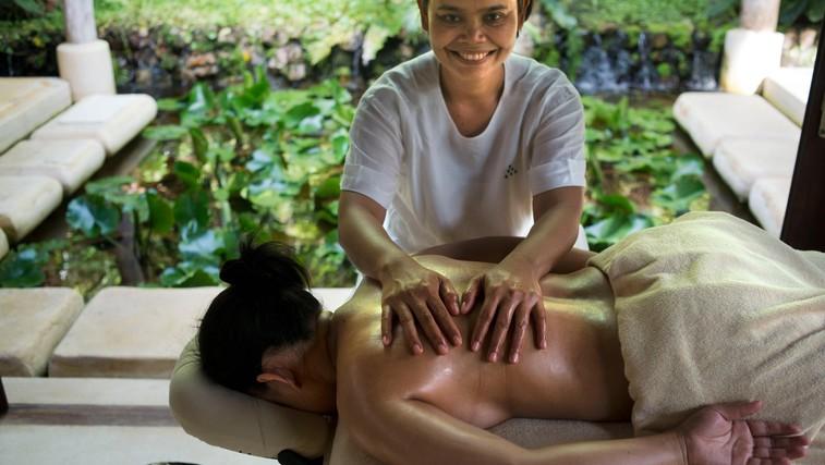 Razmišljate o masaži? Tradicionalna tajska masaža je zdaj tudi na Unescovem seznamu nesnovne kulturne dediščine (foto: profimedia)