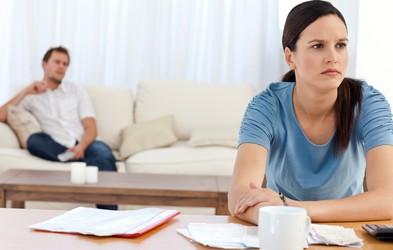 Varanje, ki ni fizično, a je lahko za vajino zvezo velikokrat hujše