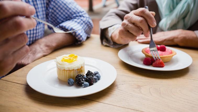 Je povečana sla po sladkem lahko znak demence? (Osebne zgodbe bolnikov s FTD) (foto: Profimedia)