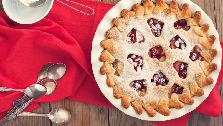 Praznično sladkanje: Hrustljava brusnična pita (foto: profimedia)