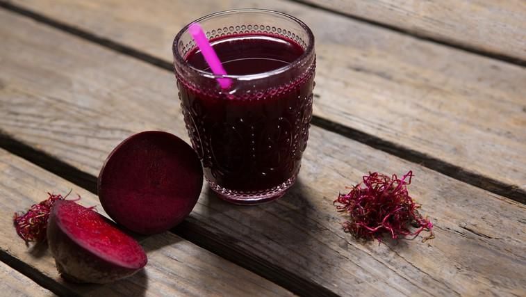 Mag. inž. živilstva Eva Kavka: Uživanje soka rdeče pese lahko ugodno vpliva na športno zmogljivost (foto: profimedia)