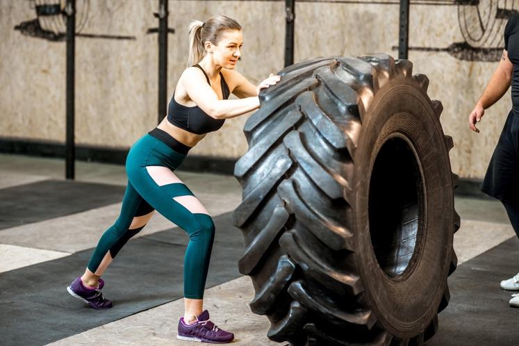 TELOVADIMO SAMO ZARADI IZGUBE KALORIJ Seveda je to poglaviten razlog za vadbo mnogih posameznikov, posebej tistih, ki želijo izgubiti kilograme. …