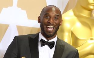 V helikopterski nesreči umrl košarkarski zvezdnik Kobe Bryant. Umrla naj bi tudi 13 - letna hčerka Gigi