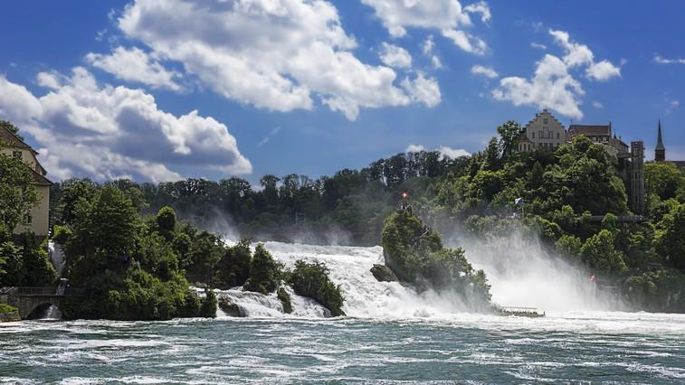 FOTO: Ste si že ogledali najširše slapove v Evropi? (niso tako daleč, kot si mislite!) (foto: profimedia)