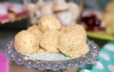 Sladkanje v 10 minutah: Cheesecake hrustljavčki z mandlji
