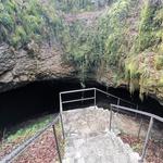 Vrh Stari tabor, jama Vilenica in vas Lokev: ideja za izlet, kjer osvojite vrh, obiščete jamo in dobro jeste (foto: DDD)
