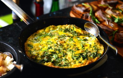 6 najboljših jedi iz špinače (+ recept za špinačno fritato, ki je popoln LCHF obrok)