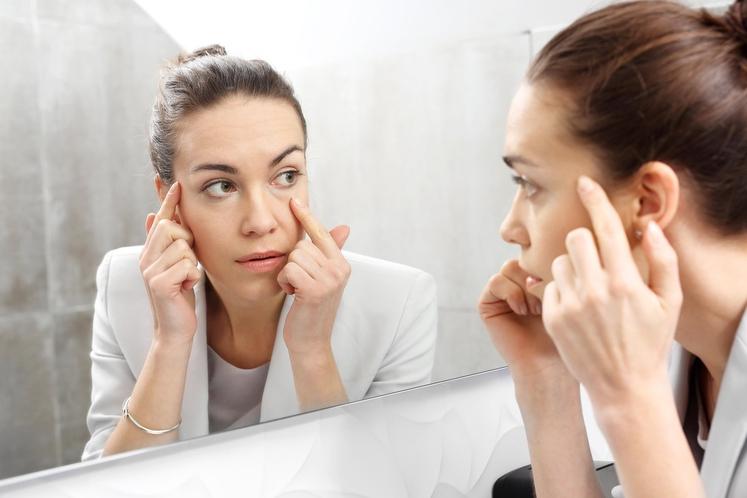 KOŽA Postarana koža in gubice so lahko posledica različnih dejavnikov, kot sta denimo genetika in UV žarki. A tu je …