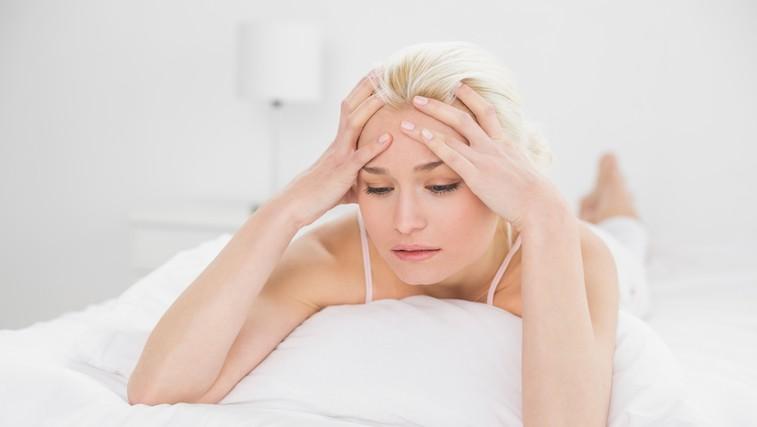 Težko zaspite, se ponoči prebujate, vas predrami že sapica? TU je popolnoma naravna rešitev za vaše težave s spanjem (foto: Shutterstock)