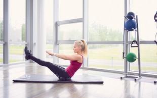 Bolečine v hrbtu in šibek trup nista več v modi: naredite kratek trening za moč!