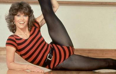 Retro vadba za dvig razpoloženja in kondicije: aerobika z Jane Fonda, trening s Cindy Crawford ... (popolni videi)
