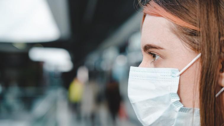 To je čas, ko je oseba s koronavirusom najbolj kužna (foto: Profimedia)