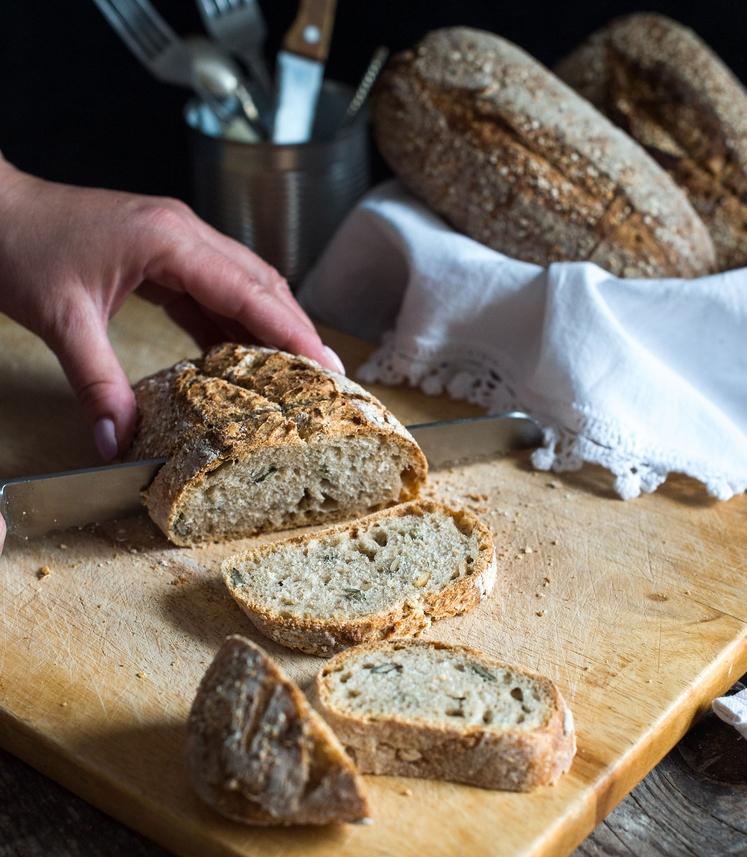 TESTO V 5 MINUTAH To testo boste imeli za peko pripravljeno v petih minutah, saj ni treba čakati, da vzhaja. …