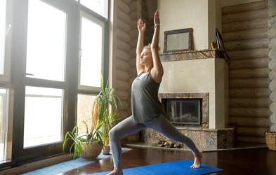 Razgibajmo se: 5 odličnih vaj za zaležan hrbet