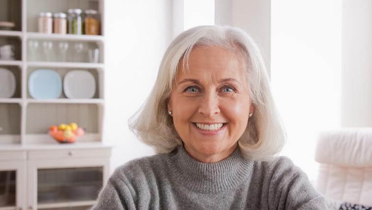 10 navad ljudi, ki se lepo in počasi starajo (in se tudi v izolaciji veliko smejijo) (foto: profimedia)