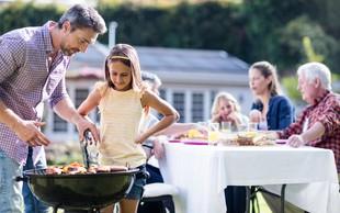 Sezona piknikov je tu. Zakaj so lokalno pridelana živila, predvsem meso, najboljša izbira?