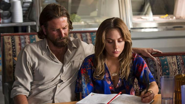Iz filma Zvezda je rojena (Bradley Cooper in Lady Gaga) (foto: Profimedia)