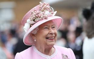 Slaščičar kraljice Elizabete II je razkril recept za slastno čajno pecivo, ki ga pripravlja za kraljevo družino (VIDEO)