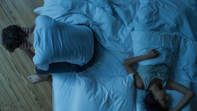 Kako prelisičiti možgane, da se boste končno dobro naspali? Tu je trik, ki vas uspava v minuti! (foto: Profimedia)