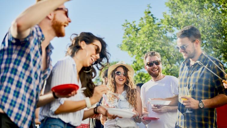NAGRADNI KVIZ: Kakšna je vaša vloga na pikniku? (foto: Shutterstock)