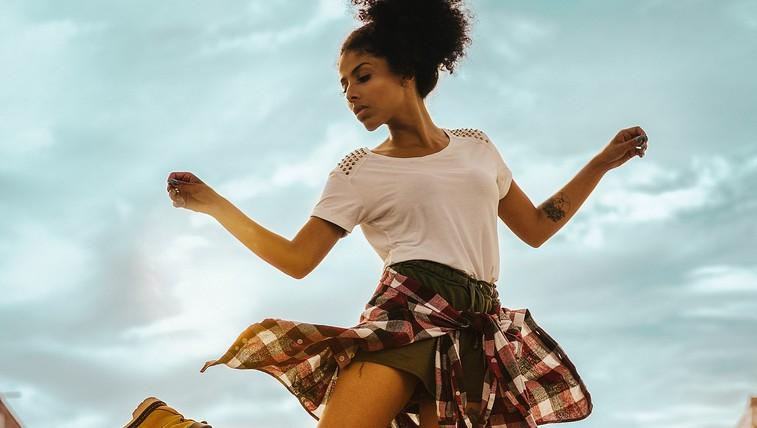 VIDEO: 30 minutna plesna koreografija, s katero pozabite, da telovadite (ja, tudi ples štejemo kot vadbo!) (foto: unsplash)