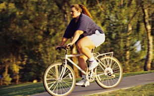 Miti o debelosti, ki jim še vedno verjamemo, a (pogosto) ne držijo