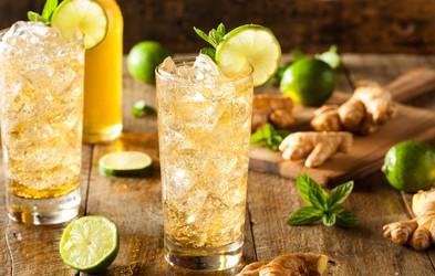 RECEPT: Poživljajoč ingverjev ledeni čaj s citrusi