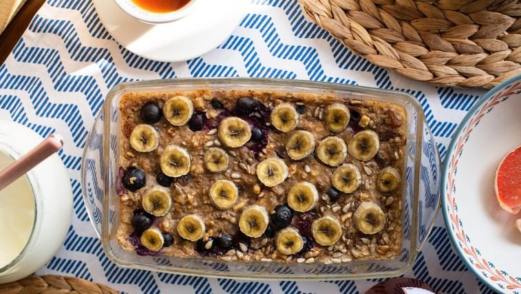 Nadgradnja zajtrka: pečeni ovseni kosmiči z banano (foto: profimedia)