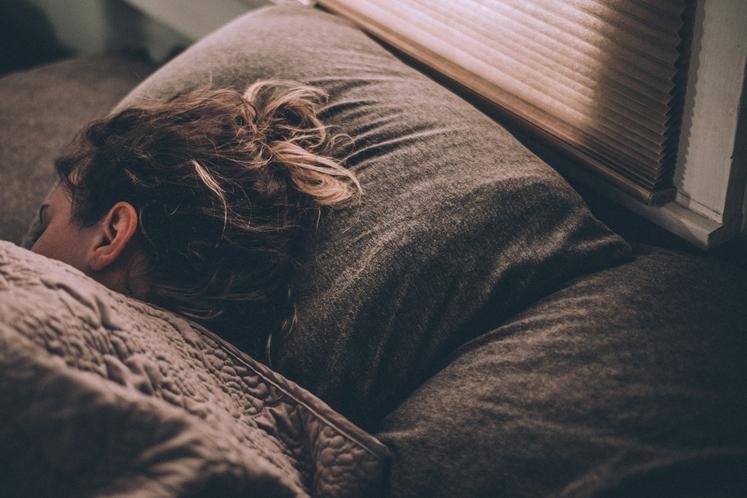 UGOTOVITE, KAJ VAS MUČI Zakaj se v posteljo spravite tako stežka in še težje zaprete oči? Kaj je v resnici …
