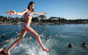 Unovčenih že krepko čez 2000 turističnih bonov. Obala in terme se hitro polnijo!