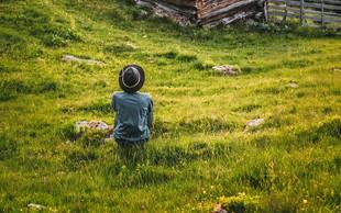 6 razlogov, zakaj bi morali večkrat sami v naravo