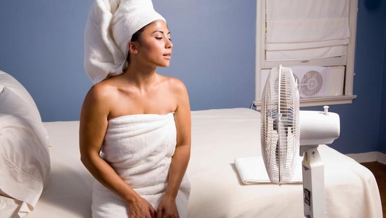 Težko zaspite, ko se temperature povzpnejo? Razlog je lahko tudi TA (in nima nič opraviti s temperaturo zunaj) (foto: Profimedia)