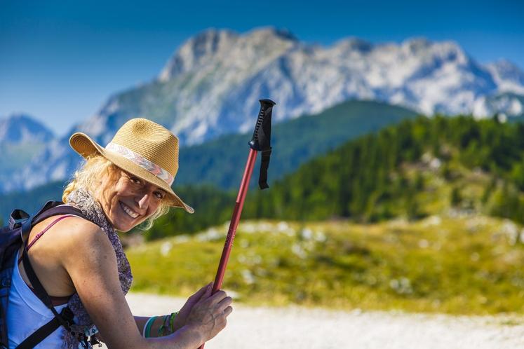Slovenija je majhna zelena dežela, a zelo raznovrstna in razgibana. Zberite čudovite podobe zelene dežele in spoznajte slovensko naravo, kulturo …