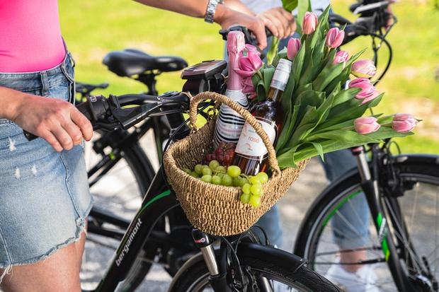 Ženske, to bi lahko bila vaša pijača poletja (za najboljše piknike na plaži, terasi, v naravi) (foto: PROMO)