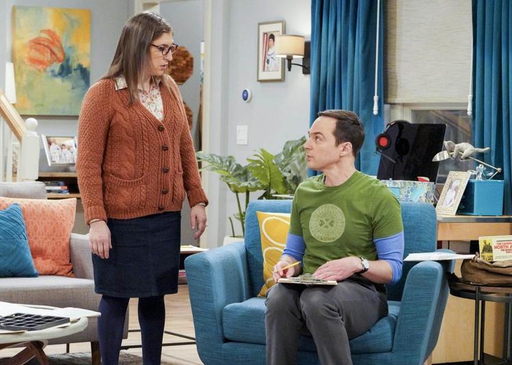 MAYIM BIALIK v vlogi AMY FARRAH FOWLER (prej) Mayim se je ekipi Veliki pokovci (The Big Bang Theory) pridružila na …
