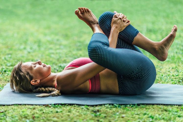 Tudi ko zaboli v hrbtu, to pomeni, da je čas, da se posvetimo svojim vsakodnevnim navadam in predvsem telesni drži …