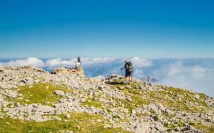 Za obiskovalce gora: Kako veste, da prihaja nevihta in kaj storiti, če se ne morete umakniti v dolino ali v kočo
