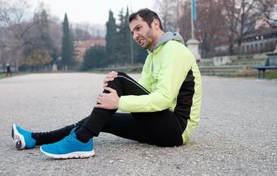 Česa NIKOLI ne smete reči poškodovanemu tekaču? (Če se mu nočete zameriti do konca življenja)