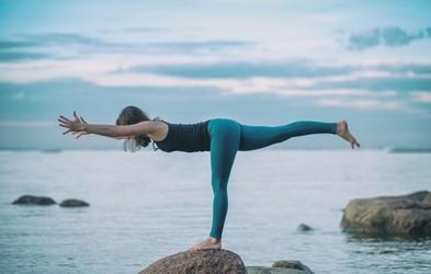 5 jogijskih položajev za utrjevanje trebušnih mišic