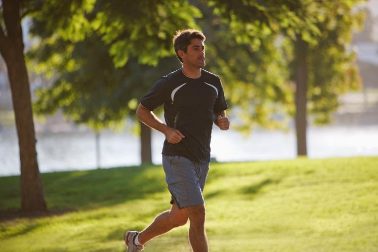 TRENIRATI ZA MARATON IN HUJŠATI HKRATI Če tečete že dlje časa in ste se udeležili tekaških tekmovanj, se vam morda …