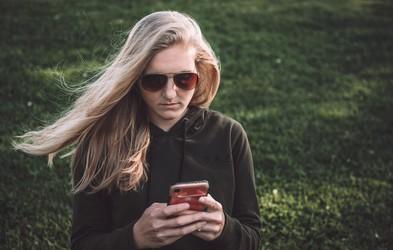3 škodljive posledice pametnega telefona, na katere niste pomislili (ne govorimo o spanju!)