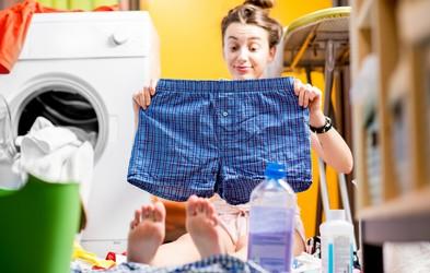 So vaša čista oblačila v resnici čista? Preizkusite ta trik! (VIDEO)