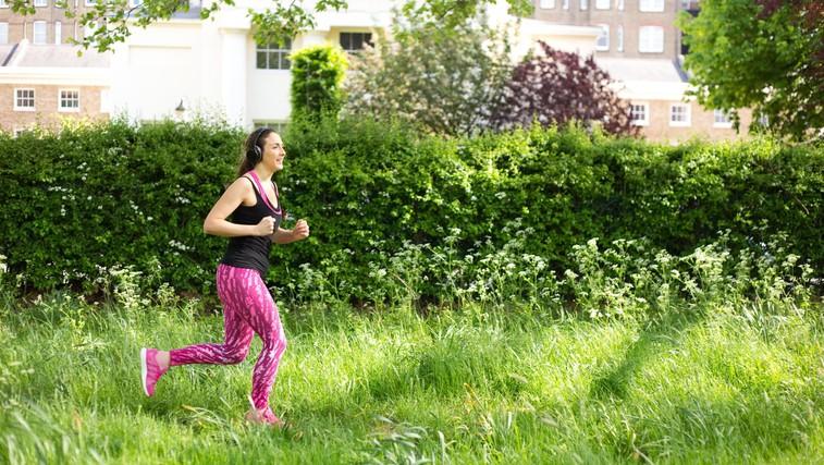16 pozitivnih učinkov teka, ki vas bodo prepričali, da boste obuli športne copate in se odpravili na stezo (foto: Profimedia)