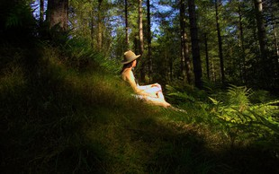 11 znanstvenih razlogov, zakaj se v naravi lahko sprostite