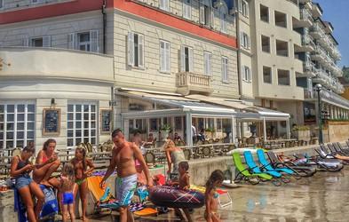 Boni ob koncu poletja: 25 % porabljenih, zmagovalec Piran, 18 občin ostalo praznih rok